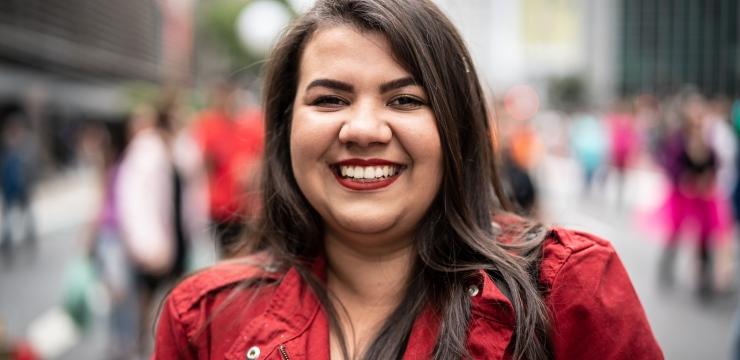 Conheça a história de Luciana Veiga e sua relação com a cirurgia plástica